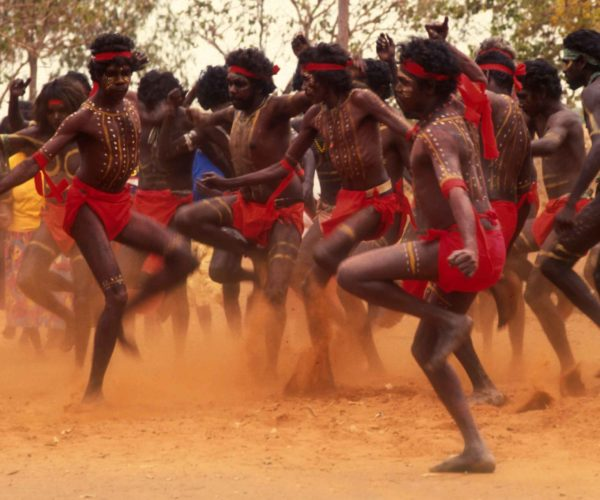 1992 Thanpa Dancers